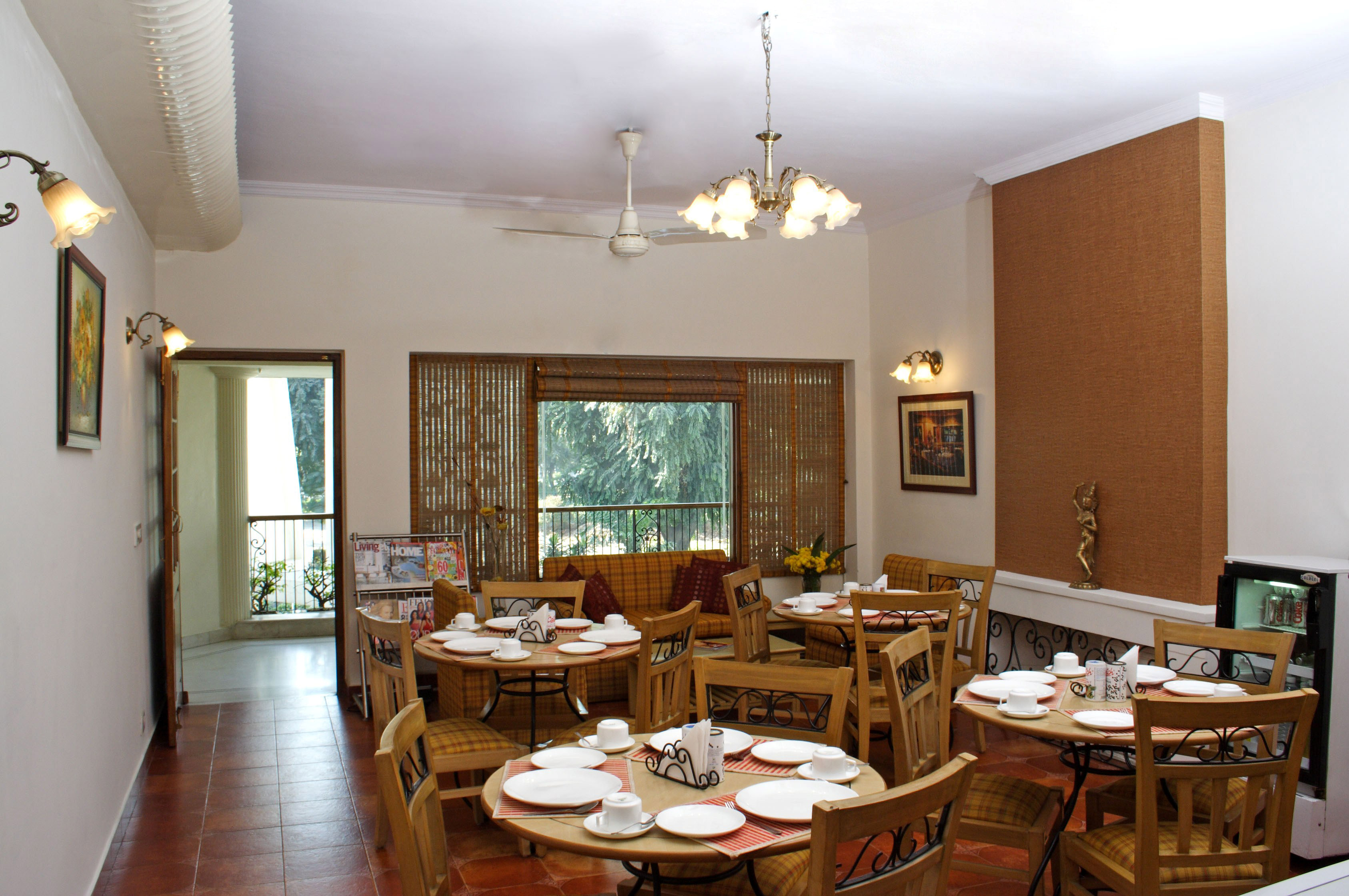 Dining-Room---Alt-view